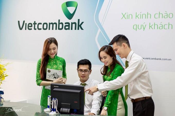 ngân hàng vietcombank có làm việc thứ 7